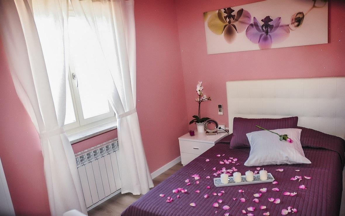 https://www.villaerasi.com/wp-content/uploads/2016/06/Cam-pink.jpg