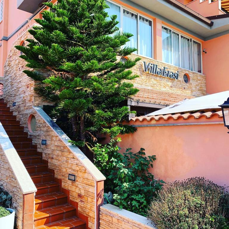 https://www.villaerasi.com/wp-content/uploads/2020/03/villa-erasi-foto-booking-esterno.jpg